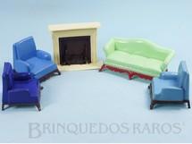 1. Brinquedos antigos - Renwal - Conjunto com 5 peças de móveis de Sala de Estar de Casa de Bonecas Década de 1950