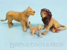 1. Brinquedos antigos - Elastolin - Conjunto com Leão Leoa e Filhote Década de 1970