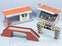 1. Brinquedos antigos - Estrela - Conjunto com Quatro Ornamentos para pistas de Autorama Ano 1963
