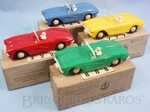 1. Brinquedos antigos - Estrela - Conjunto Completo com 4 carros Corvette Perfeito estado de conservação Decalcomanias originais ainda por colar Licença Gilbert Co. Ano 1963