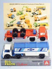 1. Brinquedos antigos - Casablanca e Gulliver - Conjunto de dois Caminhões Big Frota Série Transportes com Carreta Chevrolet e Carreta Scania Década de 1980
