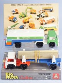 1. Brinquedos antigos - Casablanca e Gulliver - Conjunto de dois Caminhões Big Frota Série Transportes com Carreta Tanque Petrobras e Carreta transporte de Toras Década de 1980