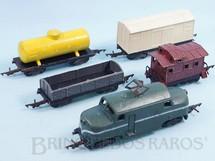 Brinquedos Antigos - Mirim - Conjunto de Locomotiva e quatro vagões de carga Primeiro trem elétrico brasileiro Sistema C.A. Ano 1956