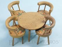1. Brinquedos antigos - Sem identificação - Conjunto de Mesa e quatro cadeiras com pintura floral Década de 1960