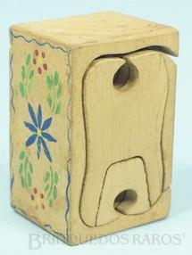 1. Brinquedos antigos - Sem identificação - Conjunto de Móveis para Bonecas de 8,00 cm de altura com 8 peças esculpidas em um único bloco de Carvalho com desenho de inspiração Antroposófica Educação Waldorf Rudolf Steiner Antroposofia Década de 1930