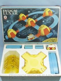 1. Brinquedos antigos - Estrela - Conjunto Estação Lunar completo Perfeito estado Ano 1970