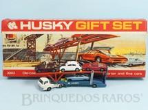 Brinquedos Antigos - Corgi Toys-Husky - Conjunto Husky Gift Set com Caminhão Cegonha Hoynor Car Transporter e 4 carros Husky Década de 1960