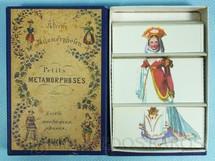 1. Brinquedos antigos - Sem identificação - Conjunto Petit Metamorphoses com inúmeras combinações de gravuras de trajes de época Século XIX