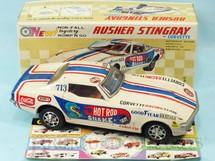 1. Brinquedos antigos - Taiyo - Corvette Sting Ray 1974 Nascar Branco Sistema Não Cai da Mesa 26,00 cm de comprimento Acompanha Catálogo da fábrica Década de 1970