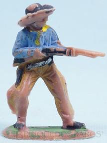 Brinquedos Antigos - Casablanca e Gulliver - Cowboy de pé atirando com rifle Gulliver Década de 1970
