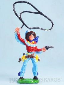 1. Brinquedos antigos - Educa - Cowboy de pé com laço e revolver 16,00 cm de altura Década de 1970