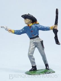 1. Brinquedos antigos - Casablanca e Gulliver - Cowboy de pé com revolver e rifle Cowboy Apontando Casablanca numerado 124