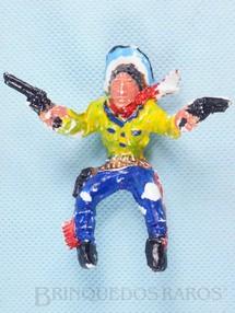 Brinquedos Antigos - Educa - Cowboy montado a cavalo com dois revolveres 9,00 cm de altura D�cada de 1970