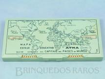 1. Brinquedos antigos - Atma - Estojo Escolar Mapa Mundi Estojo Educativo com 20,00 cm de largura Apresenta um Seletor automático que mostra as Capitais dos Países do Mundo Década de 1950