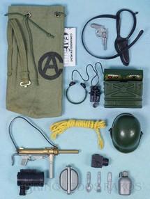1. Brinquedos antigos - Estrela - Falcon Aventura Posto de Sinalização Completa com Mochila e mais 13 itens Edição 1978