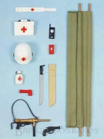 1. Brinquedos antigos - Estrela - Falcon Aventura S.O.S. Cruz Vermelha Completa com Maca e mais 11 itens Edição 1979