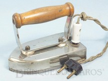 1. Brinquedos antigos - F.A.R.E. - Ferro de passar Roupa de Bonecas elétrico com 10,00 cm de altura Completo com fio Década de 1940