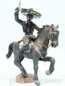 1. Brinquedos antigos - Casablanca e Gulliver - Figura do Coyote completo Década de 1970