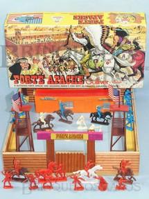 1. Brinquedos antigos - Casablanca e Gulliver - Forte Apache completo com 32 figuras Atlantic Base 45,00 x 47,00 cm Caixa Original Ano 1980