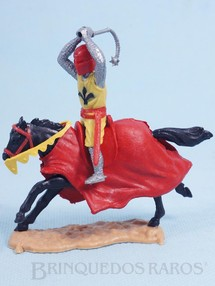 Brinquedos Antigos - Timpo Toys - Guerreiro Medieval a cavalo com Bola de Aço Década de 1970