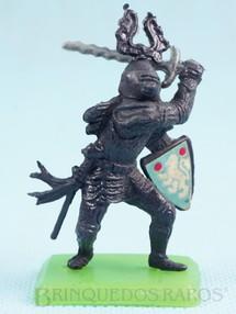 1. Brinquedos antigos - Casablanca e Gulliver - Guerreiro medieval com Espada e Escudo Cópia Britains Série Rei Arthur Década de 1970
