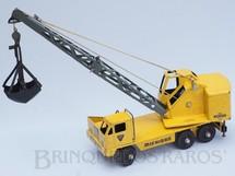 1. Brinquedos antigos - Lint Toys - Guindaste Escavadeira sobre rodas Michigan Crane com 70,00 cm de altura Década de 1950