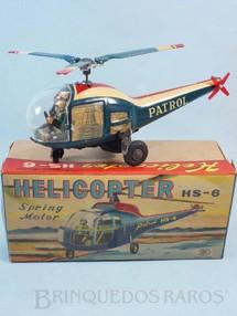 Brinquedos Antigos - Modern Toys e Masudaya Toys - Helicóptero com 21,00 cm de comprimento Conforme gira a hélice o piloto movimenta os braços Ano 1964