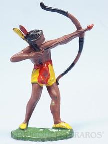 1. Brinquedos antigos - Casablanca e Gulliver - Índio de pé atirando com arco e flecha Casablanca Década de 1960