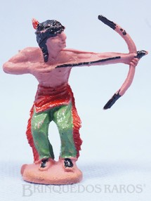 Brinquedos Antigos - Casablanca e Gulliver - �ndio de p� atirando com arco e flecha D�cada de 1960