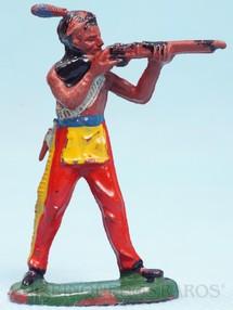 Brinquedos Antigos - Casablanca e Gulliver - �ndio de p� atirando com rifle