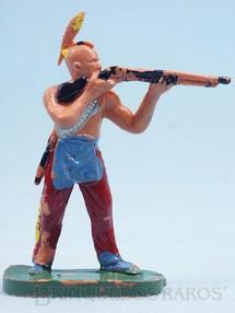 Brinquedos Antigos - Casablanca e Gulliver - Índio de pé atirando com rifle Gulliver década de 1970
