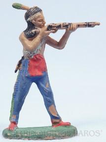 1. Brinquedos antigos - Casablanca e Gulliver - Índio de pé atirando com rifle Gulliver numerado 19 Década de 1970