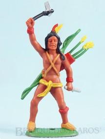 Brinquedos Antigos - Casablanca e Gulliver - �ndio de p� com machado e faca Ano 1986