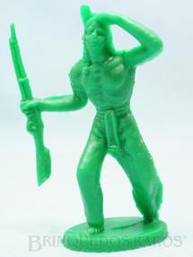 1. Brinquedos antigos - Casablanca e Gulliver - Índio de pé com rifle Plástico verde Década de 1980