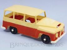 1. Brinquedos antigos - Mimo - Jeep Rural Willys com 20,00 cm de comprimento Década de 1960