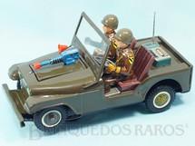 1. Brinquedos antigos - Modern Toys e Masudaya Toys - Jeep Willys 1st Cavalry Division Soldiers Patch com Metralhadora que se esconde dentro do capô do motor 27,00 cm de comprimento Sistema Bate e  Volta Década de 1960