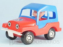 1. Brinquedos antigos - Mimo - Jeep Willys com capota rígida e um boneco em seu interior 16,00 de comprimento Década de 1980