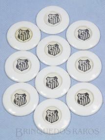 1. Brinquedos antigos - Santa Maria - Jogo de Botão Futebol Miniatura com o time do Santos 100% original Completo faltam a Trave e Goleiro Década de 1960