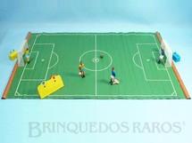 Brinquedos Antigos - Estrela - Jogo de Futebol Bola na Rede completo com campo de 45,00 x 69,00 cm Os jogadores chutam a bola ao apertar sua cabeça Brasil x Itália Ano 1971