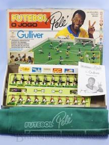 Brinquedos Antigos - Casablanca e Gulliver - Jogo Futebol Pelé o Jogo Gulliver com Jogadores pintados à mão dois times Flamengo e Botafogo e Campo de Feltro falta o Placar Década de 1990