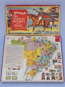 Brinquedos Antigos - Estrela - Jogo Uma Excursão Histórica Pelo Brasil Série Certame Instrutivo Prof. Alcides Nascimento Caixa Datada 06 Dezembro de 1967