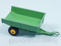 1. Brinquedos antigos - Matchbox - John Deere Trailer Black Plastic Regular Wheels