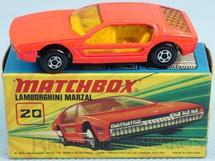 Brinquedos Antigos - Matchbox - Lamborghini Marzal Superfast salmão