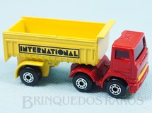 Brinquedos Antigos - Matchbox - Leyland Articulated Truck Superfast International cabine vermelha