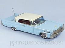 1. Brinquedos antigos - Bandai - Lincoln Continental com 29,00 cm de comprimento Década de 1960