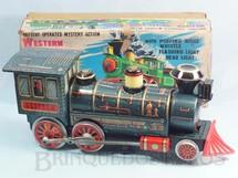 1. Brinquedos antigos - Modern Toys e Masudaya Toys - Locomotiva Western Special Locomotive Sistema Bate e Volta acende o farol e a Caldeira se movimenta 37,00 cm de comprimento Ano 1967