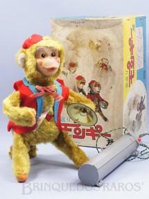 Brinquedos Antigos - Yanoman Toys - Macaco tocando Címbalos com 24,00 cm de altura Controle remoto com fio Toca e dá Cambalhotas Década de 1970