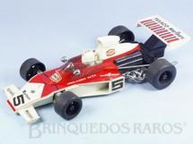 1. Brinquedos antigos - Sem identificação - McLaren M23 com 32,00 cm de comprimento Lata e plástico Década de 1970