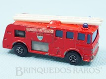 1. Brinquedos antigos - Matchbox - Merryweather Fire Engine Superfast