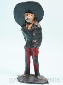 1. Brinquedos antigos - Casablanca e Gulliver - Mexicano com as mão para trás Habitante da aldeia Calça vermelha Série O Zorro distribuído pela Trol Década de 1970